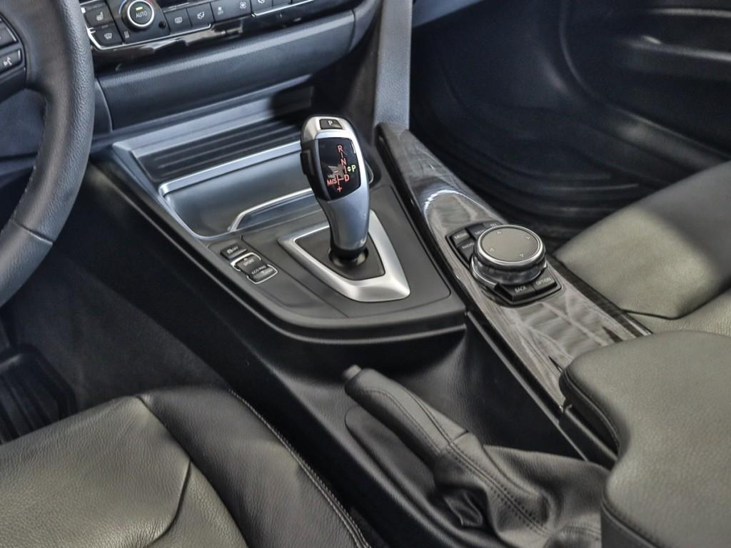 2016 BMW 3-Series 328i XDrive 2.0-L L-4 DOHC 16V AWD