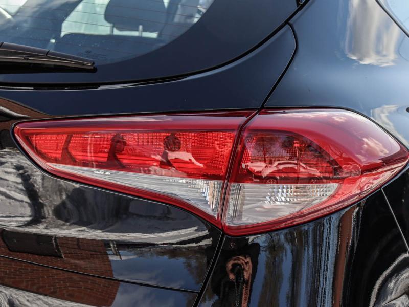 2017 Hyundai Tucson SE 2.0-L L-4 DOHC 16V AWD