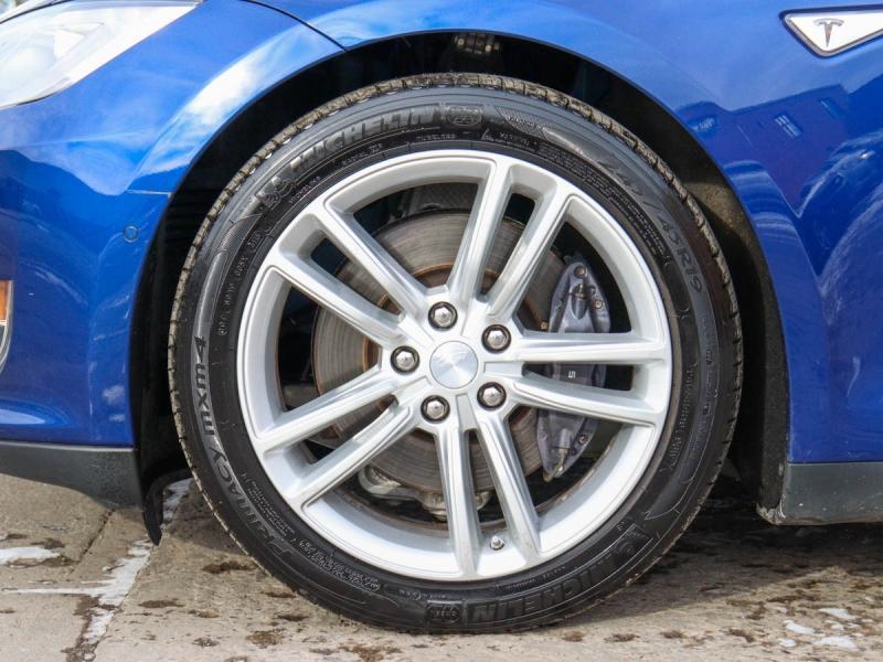 2015 Tesla Model S 70D Electric AWD