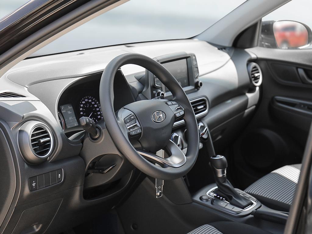 2021 Hyundai Kona SE 2.0-L L-4 DOHC 16V FWD