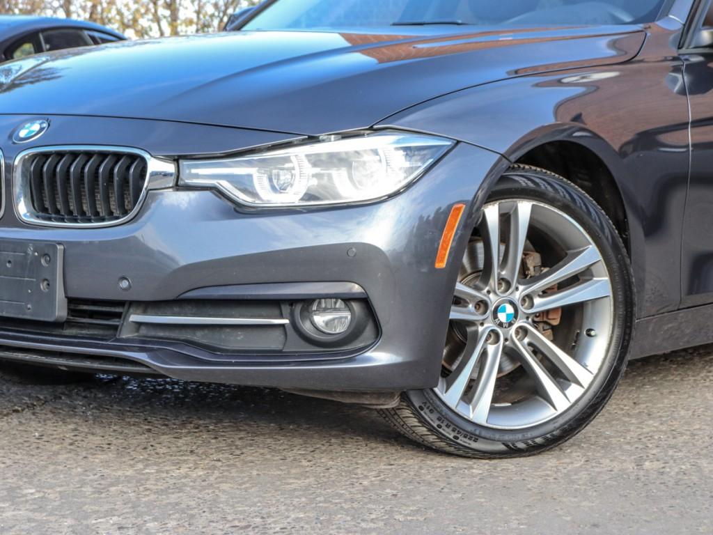 2016 BMW 3-Series 320i XDrive 2.0-L L-4 DOHC 16V AWD