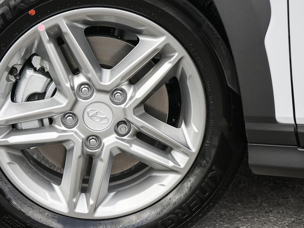 2021 Hyundai Kona SE 2.0-L L-4 DOHC 16V AWD