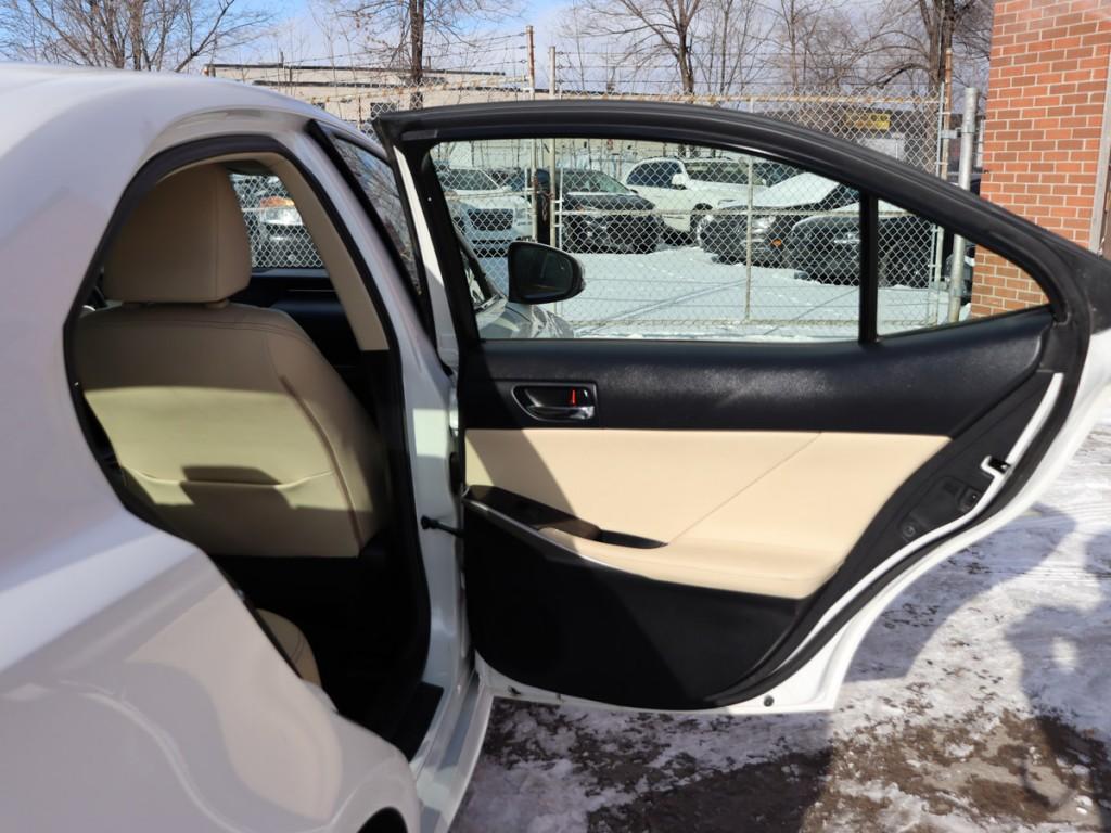 2015 Lexus IS 250 2.5-L V-6 24V DOHC AWD