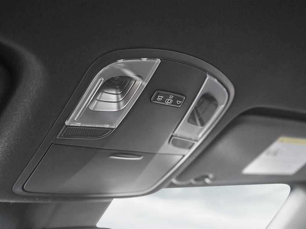 2021 Hyundai Veloster N Base 2.0-L L-4 DOHC 16V FWD