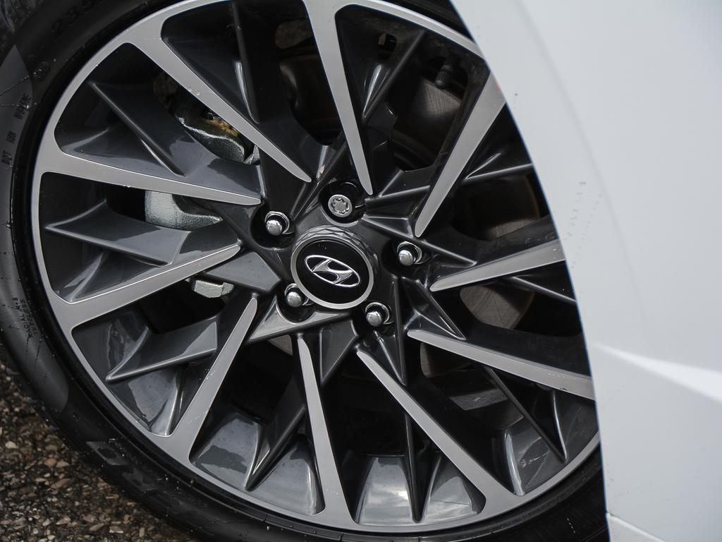 2021 Hyundai Sonata Limited 1.6-L L-4 DOHC 16V Turbo FWD